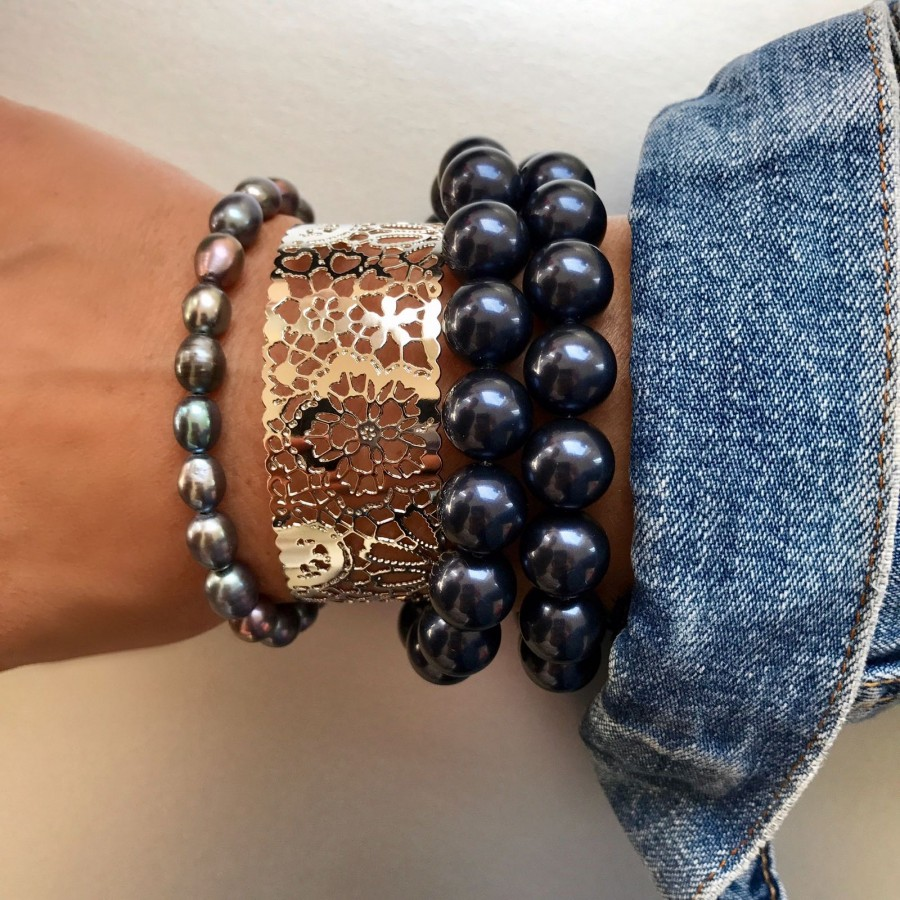 Dolce Luna Armband Purple Pearls samen gedragen met Armband Versailles en Denim Pearls